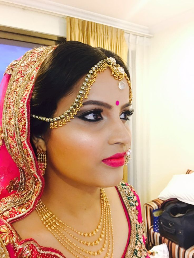 Sneha, the prettiest ‪#‎bride‬. Dolled up by our ‪#‎makeup‬ artist Suman-Nirvana. Flawless makeup, and beautiful you. ‪#‎flatpebblemakupartist‬
