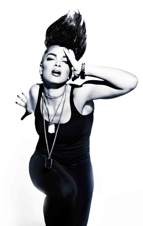 Diva muzyki pop Eva Simons zagra na XO Live