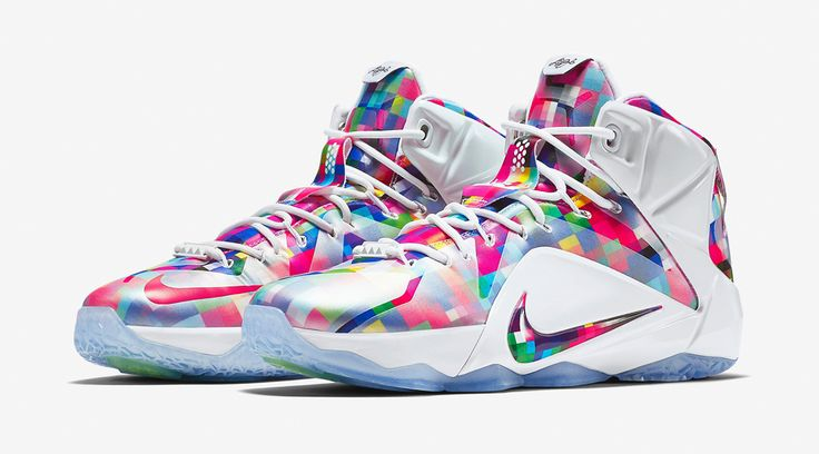 Nike LeBron 12 EXT