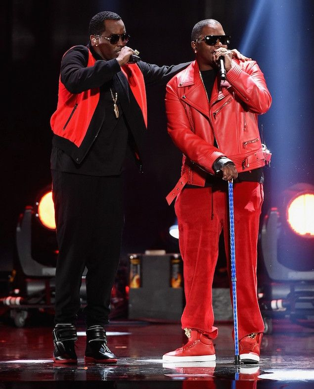 Diddy and mase reunite for iheartradio performance wearing for P diddy maison