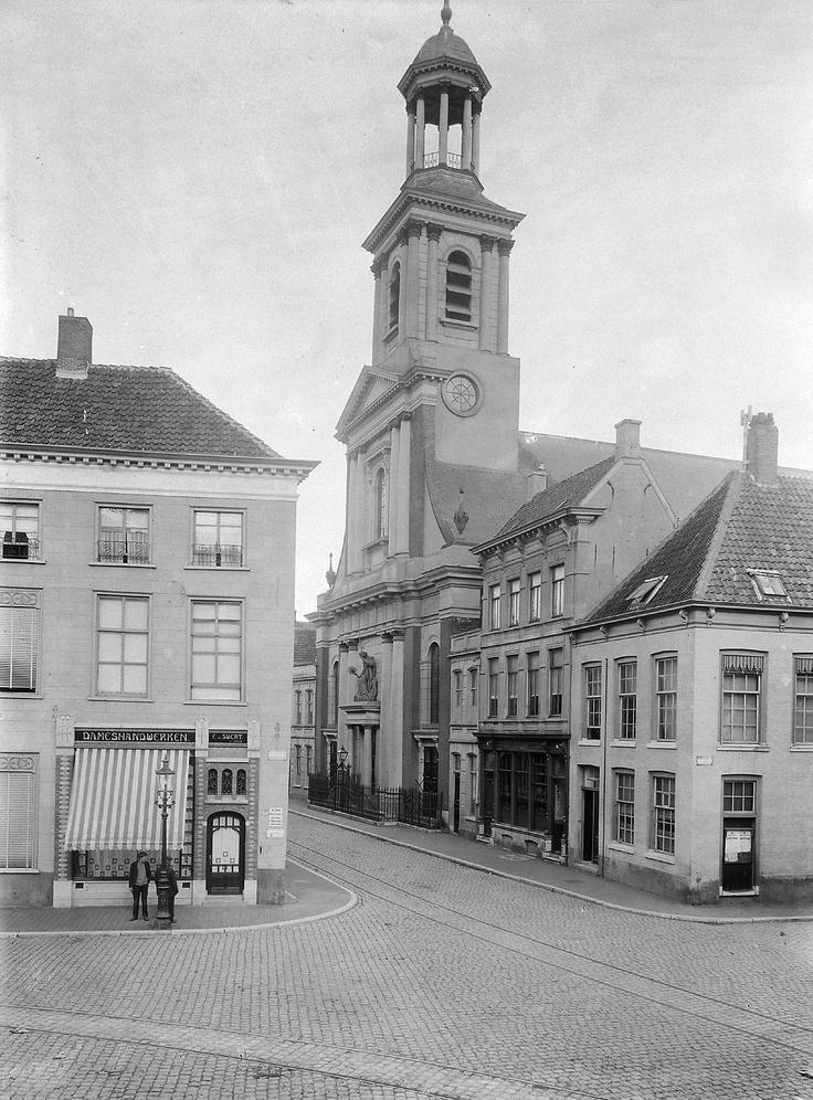 Breda.  Sint Antoniuskerk.  1906.