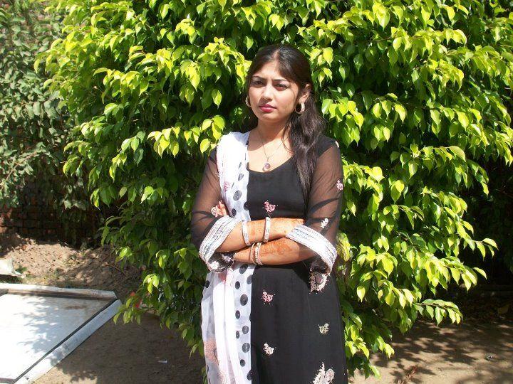 desi beautiful hot Pakistani girls images
