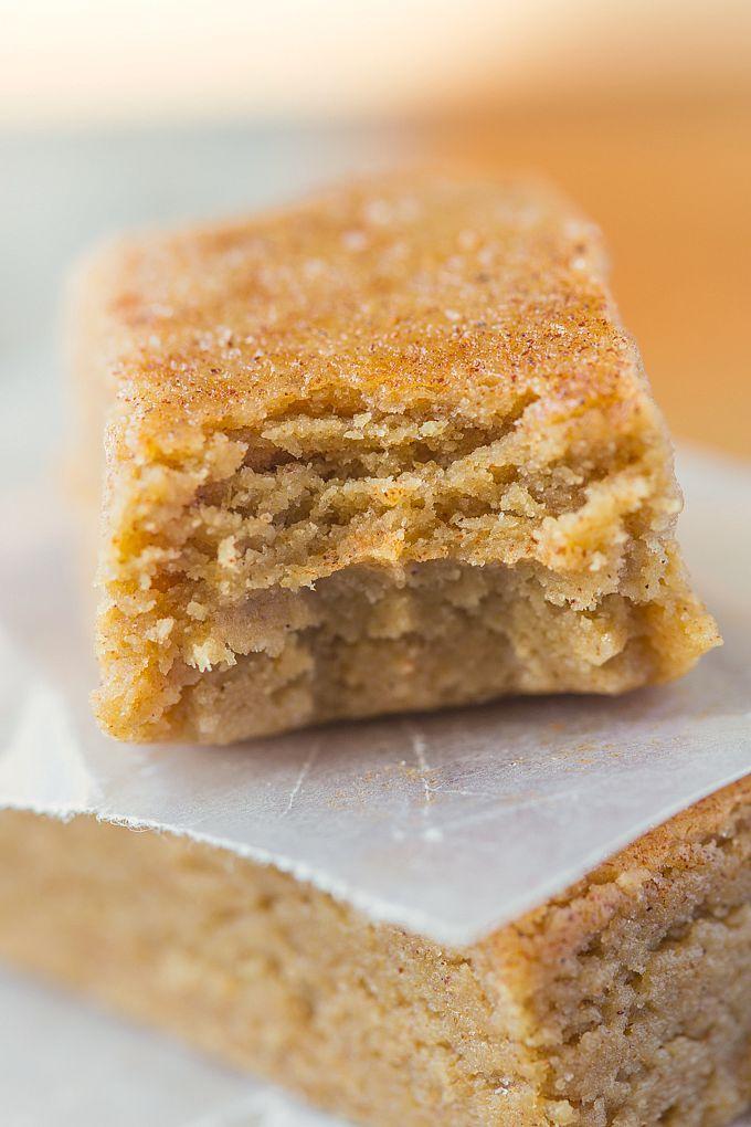 Saine sans cuisson Apple Pie Barres protéinées-UST 10 minutes et 1 bol à fouetter ces amont souple, moelleux et pas de réfrigération besoin- Ils goûtent comme dessert!  {végétalien, sans gluten, sans sucre raffiné option + paléo!}