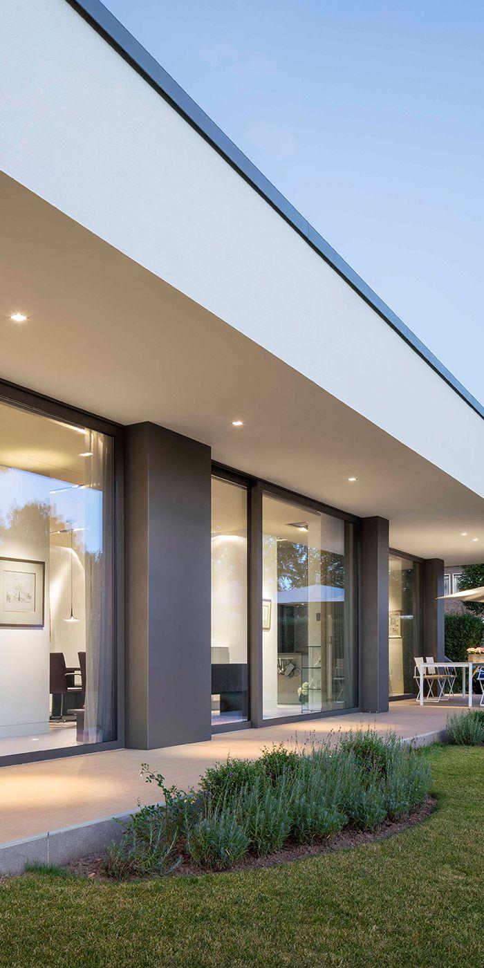 elegant holzzaunelemente einzigartige ideen zum sichtschutz. Black Bedroom Furniture Sets. Home Design Ideas