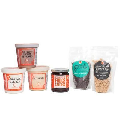 Group Gifts from Splitzee | Jeni's Ice Cream Build-Your-Own-Sundae-Kit $64 #gift #ideas for #mom #mothers #DIY