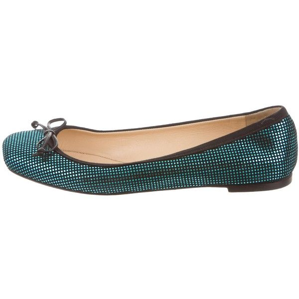 Pre-owned Christian Louboutin Metallic Ballet Flats ($245) ❤ liked on Polyvore featuring shoes, flats, black, christian louboutin shoes, black ballet pumps, ballet pumps, black shoes and christian louboutin flats