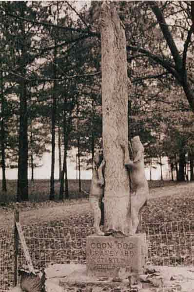 Coon Dog Cemetery in Alabama