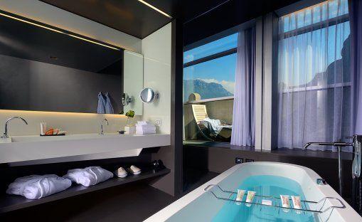Lido Palace Suite Baldo, http://www.cipriamagazine.it/2014/12/novita-di-medicina-estetica-alla-cxi-medical-beauty-di-riva-del-garda/