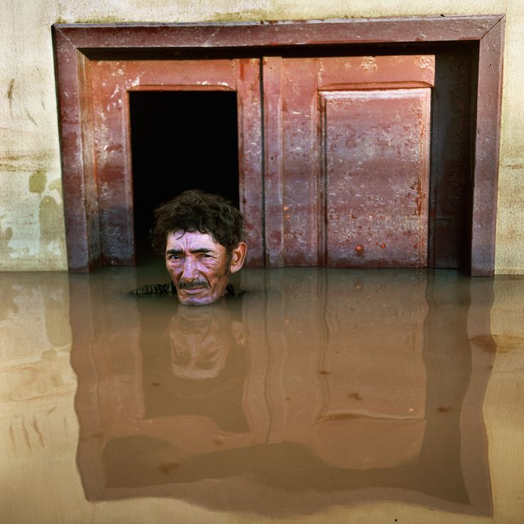 João Pereira de Araújo, Taquari District, Rio Branco. BrazilSubmerged Portraits, March 2015. COURTESY THE ARTIST