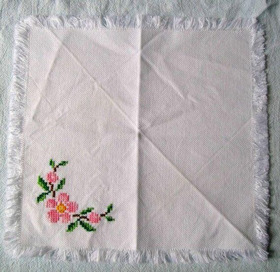 Embroidery Cloth Napkins Springtime Flowers by VintagePlusCrafts