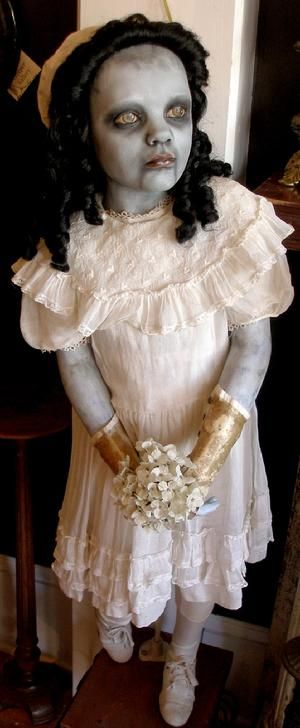 Gothic Dead Dolls by D.L. Marian - Annabel Lee