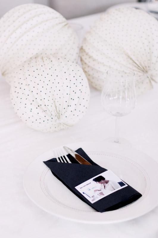 Bordkort og servietter