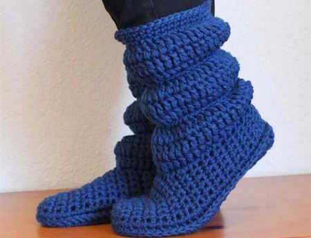 Keep your feet warm and toasty with these fantastic Crochet Cozy Slipper Boots! You'll want to make these in every colour!