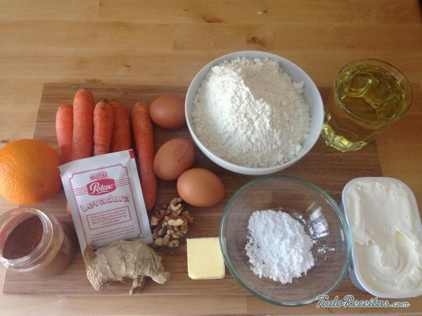 Aprenda a preparar bolo de cenoura com cobertura de queijo creme com esta excelente e fácil receita. Devido à sua doçura, a cenoura tem sido usada para fazer bolos...