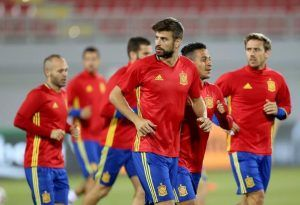 Gerard Pique will retire from International football - a huge blow Spain http://www.soccerbox.com/blog/gerard-pique-driven-international-retirement-blow-spain/