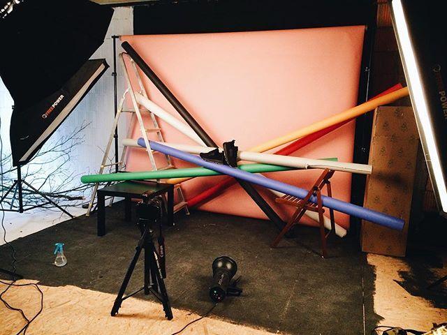 Nasza ostatnia realizacja  #backstage #sesjazdjeciowa #fotografiaproduktowa #zdjeciaproduktowe #buty #shoes #productphotography #light #setup