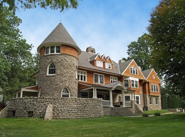 17 best images about beautiful old homes on pinterest for Victorian shingles