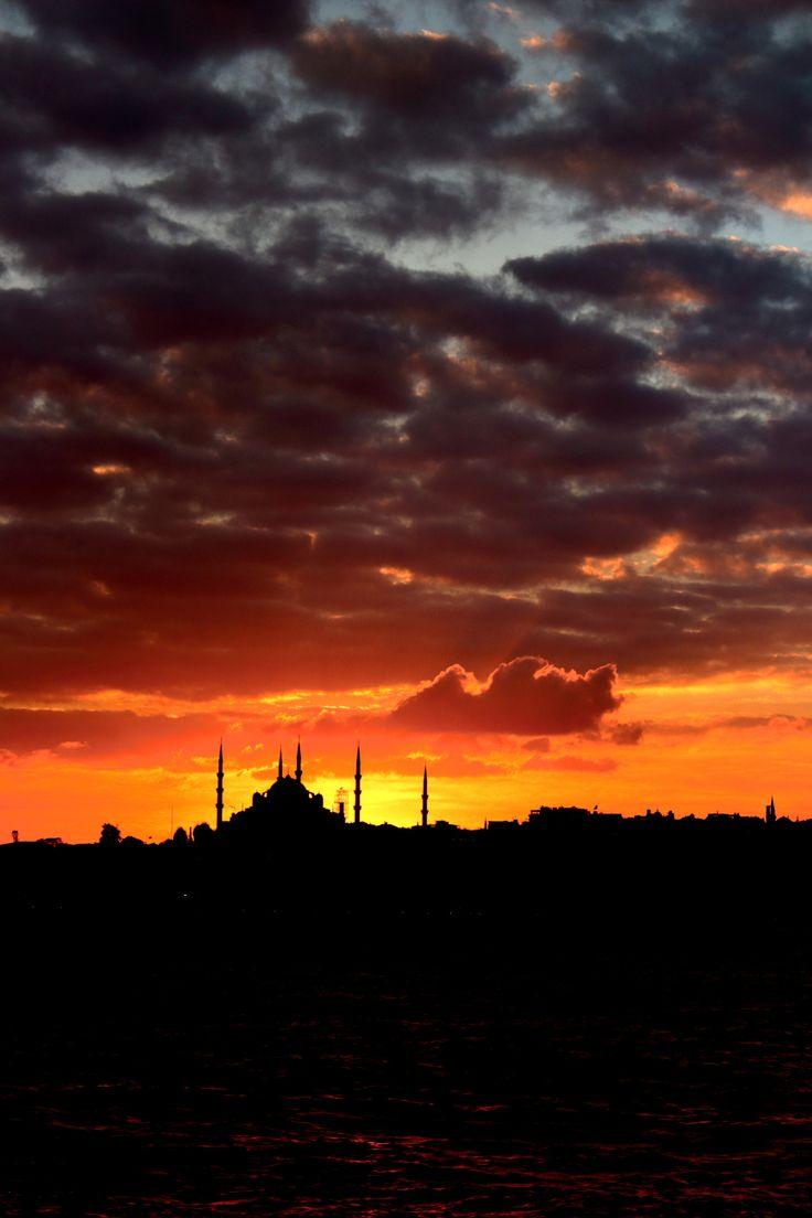 Mosque by Oğuzhan Karaçakır - Photo 122492833 - 500px