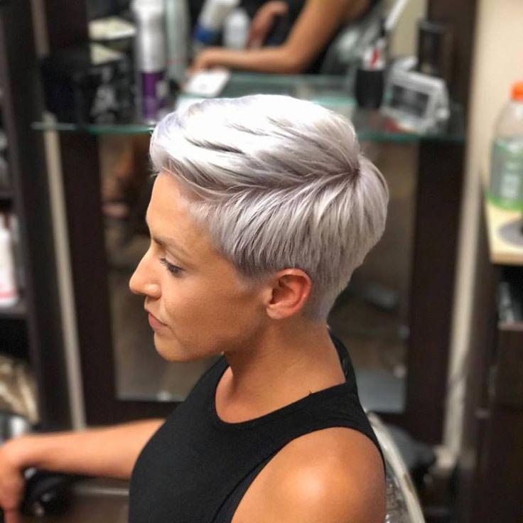 Der Grau-Trend hält an! Entdecke hier 10 TOP Frisuren in GRAU! – Seite 7 von 10 – Damen Frisuren