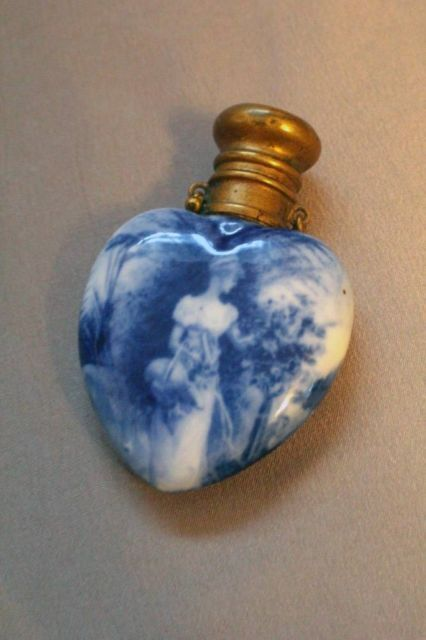 Very Rare Royal Doulton Blue AND White Flow Blue Heart Shaped Perfume Bottle