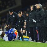 Yannick Bolasie could miss 12 months Everton boss Ronald Koeman says - SkySports