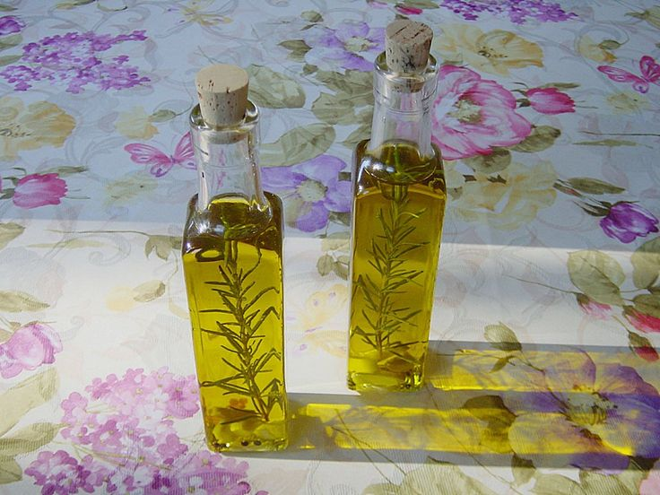 Knoblauchöl selbstgemacht, ein tolles Rezept aus der Kategorie Saucen & Dips. Bewertungen: 11. Durchschnitt: Ø 4,0.
