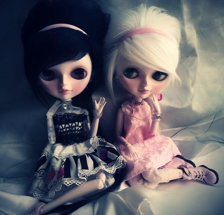 Oralia and Amy (Tangkou Doll England and France)