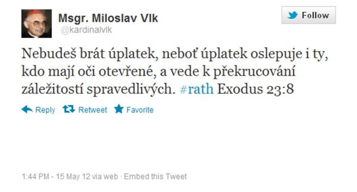 Vtipy o Davidu Rathovi kolují i na Twitteru. Jen pro upřesnění dodáváme, že skutečný Miloslav Vlk nemá s tímto profilem nic společného.