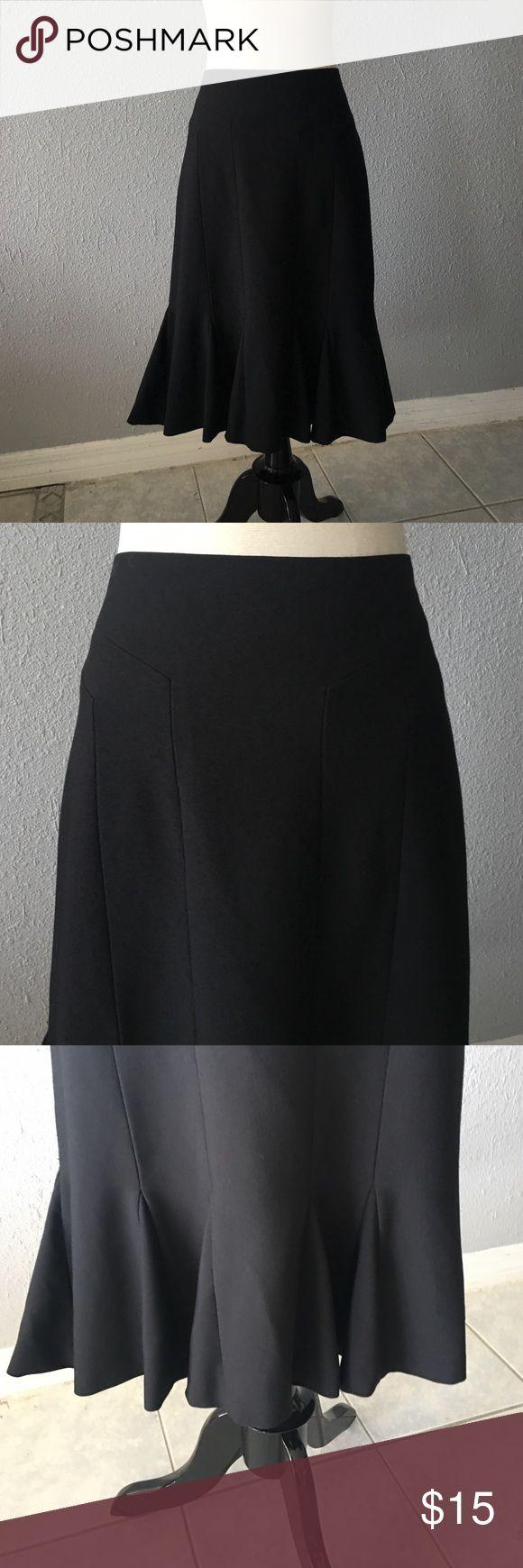 Black Midi Skirt In excellent condition! RW&CO. Skirts Midi
