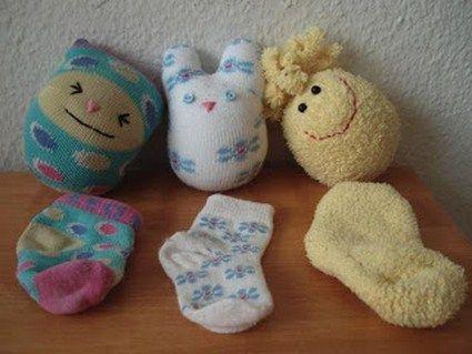 Muñecos de calcetines « Manualidades: Sock Dolls, Ideas, Dolls Tutorials, Stray Socks, Baby Socks, Socks Dolls, Socks Animal, Stuffed Animal, Crafts