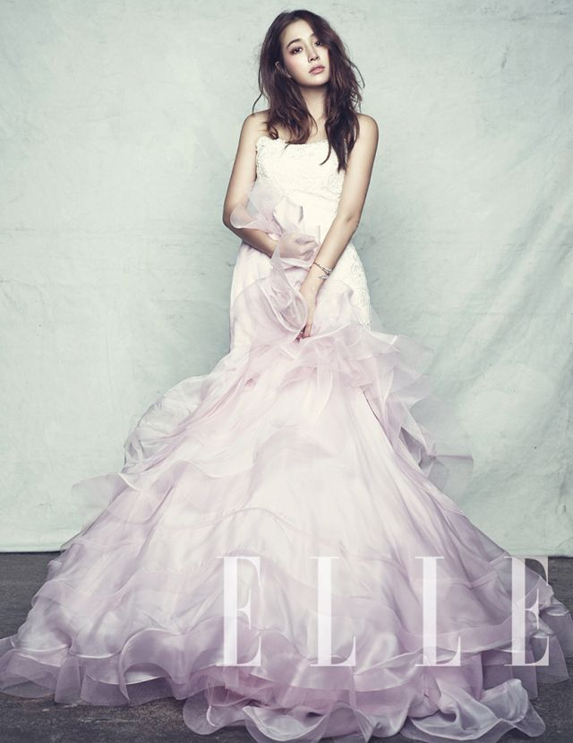 Elle Korea Scores A Wedding Pictorial With Lee Min Jung For The September Issue : Couch Kimchi