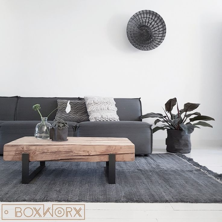 25 beste idee n over verweerd hout op pinterest brocant hout rustiek hout en hout brocant maken - Eigentijds huis grijs ...