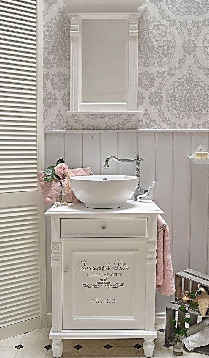 Lillejon Landhaus Waschtisch Mit Romantischem Schriftzug Von Badm Bel Landhaus Land Und Liebe In 2020 Shabby Chic Bathroom Guest Bathroom French Country Bathroom