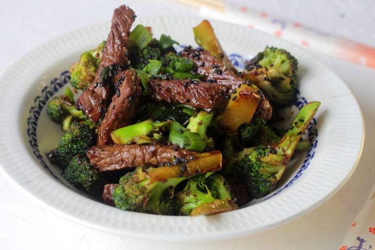 Kinesisk oksekød med broccoli - nem og hurtig hverdagsmad og så endda uden sukker - en sjældenhed i kinesisk mad