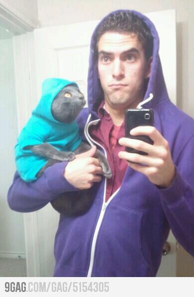 omg i'm just waiting for the day rob send me a pic of him and the cat like this bah ha ha: Laughing, Thug Life, This Men, Funny Stuff, Life Chose, Things, Cat Faces, Funnystuff, Baby Cat
