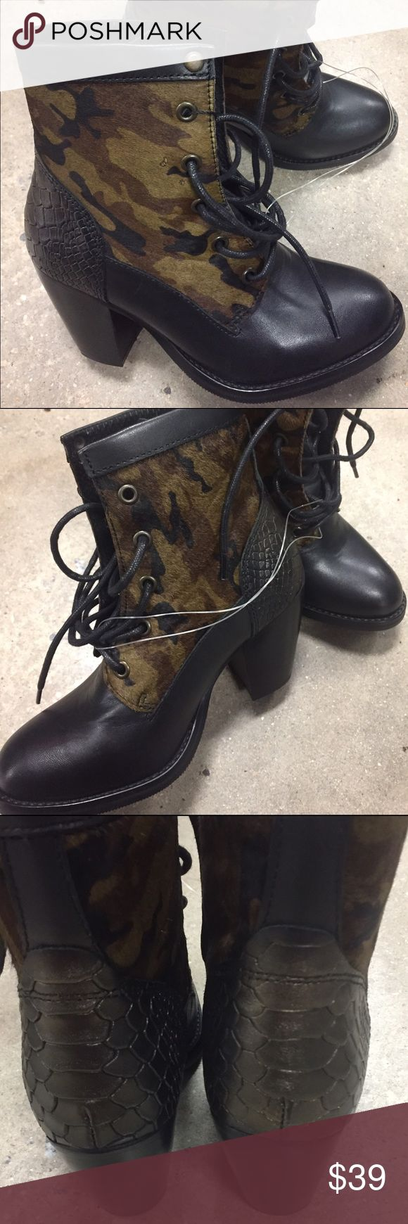 """✅SALE✅👠NEW BRONX BOOTS SIZE 6 👠GREAT GIFT👠 ✅SALE✅👠NEW BRONX BOOTS SIZE 6 HEEL HEIGHT 3"""" 👠GREAT GIFT👠BUNDLE AND SAVE 👠 BRONX Shoes Heeled Boots"""