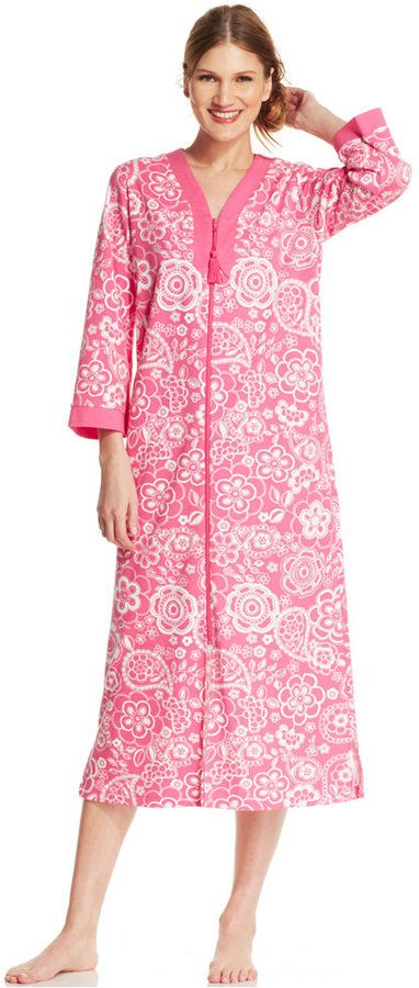 foto de 101 best images about Robes Robes Robes from Miss Elaine