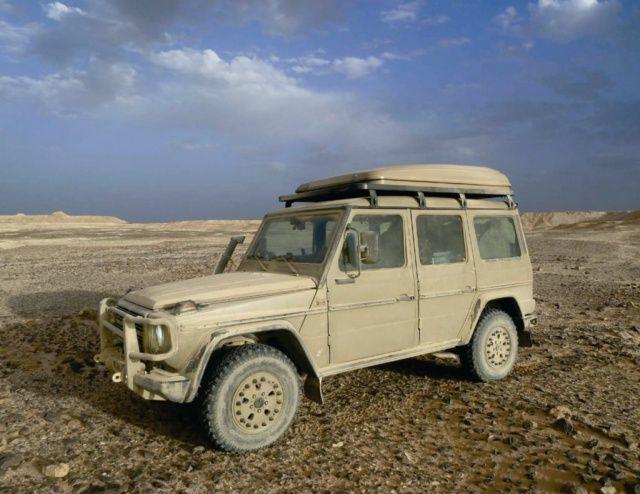 Seit Anfang der 1980er Jahre, als die ersten G Wagen auf dem Markt verfügbar waren, testet eine Gruppe aus Freunden die Fahrzeuge in extremen Situationen. Die