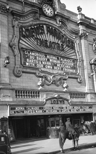 Loew's Paradise Theater, the Bronx, New York - 1930.  The George Mann Archive