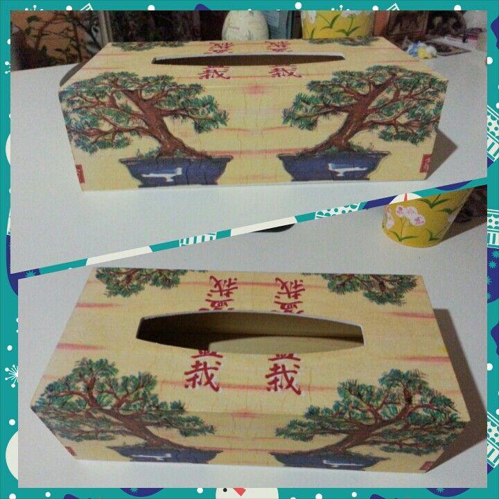 Decoupage na zakázku - krabička na kapesníky