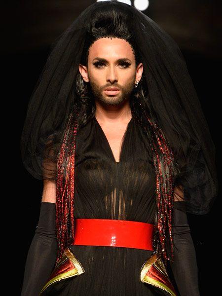 Das nennen wir mal von Null auf Hundert! Mit dem Sieg beim Eurovision Song Contest ist es für Sängerin Conchita Wurst noch lange nicht