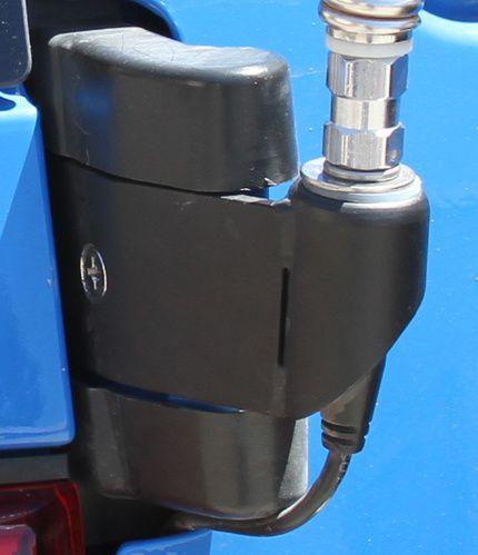 BozTec CB Antenna Mount for Toyota FJ Cruiser [BOZTEC-ANTENNA] - $49.00 : Pure FJ Cruiser Accessories, Parts and Accessories for your Toyota FJ Cruiser