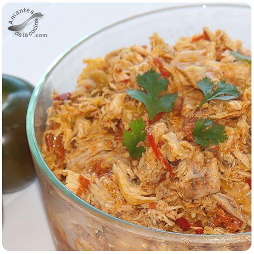 #Pollo desmechado como base en muchos #platos. http://amantesdelacocina.com/cocina/2010/11/pollo-desmechado-base-para-muchas-recetas/#sthash.LAL25fn3.dpuf