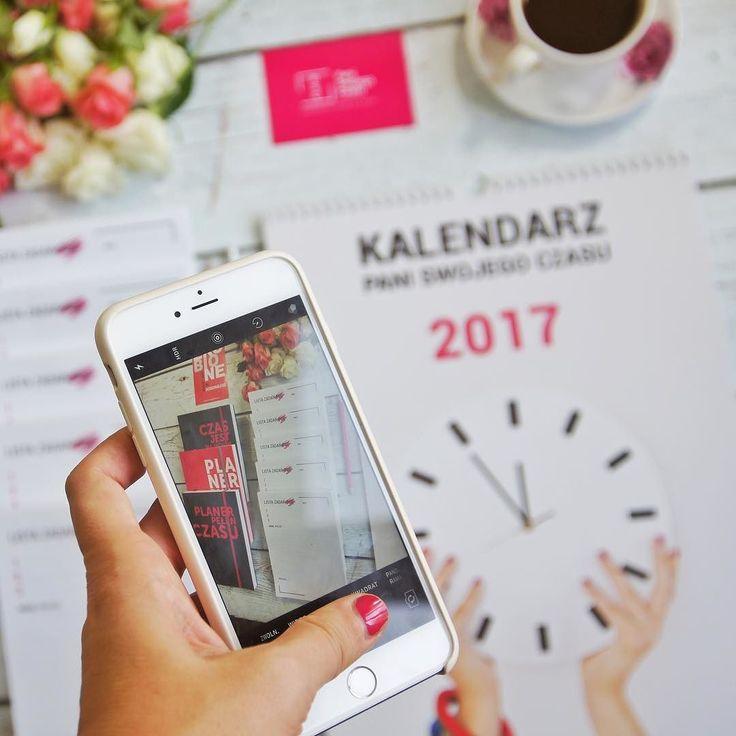 W tym tygodniu ostatnia szansa na kalendarz w przedsprzedaży! Czyli tańszy  tapety na komputer gratis. Komu komu bo idę do domu  #psc #paniswojegoczasu #kalendarzpsc #kalendarz #calendar #time #timemanagement #czas #zarzadzanieczasem #organizacja #planowanie #poniedzialek #monday #dziendobry