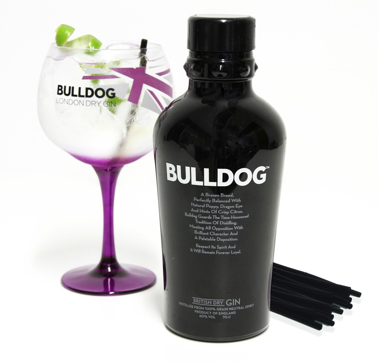 Bulldog Gin with Licorice sticks (From Saet Sweets) Lovely combination!!!!