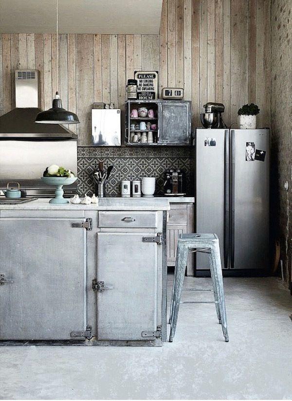 Индустриальный дизайн кухни