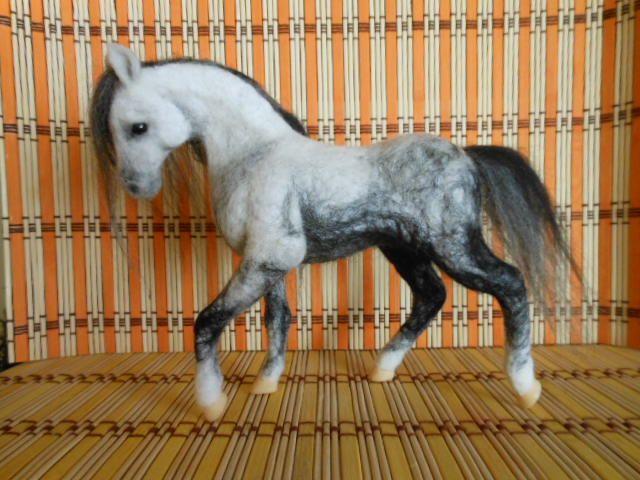 Plstěný koník Andalusan
