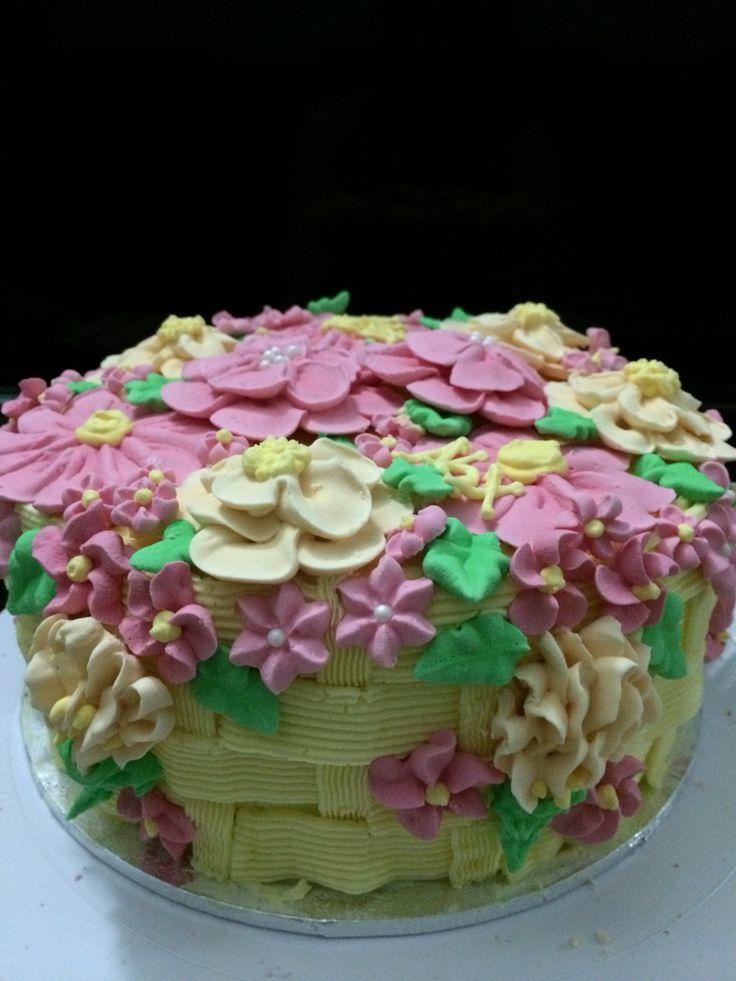 Chocolate Chip Flower Basket Cake