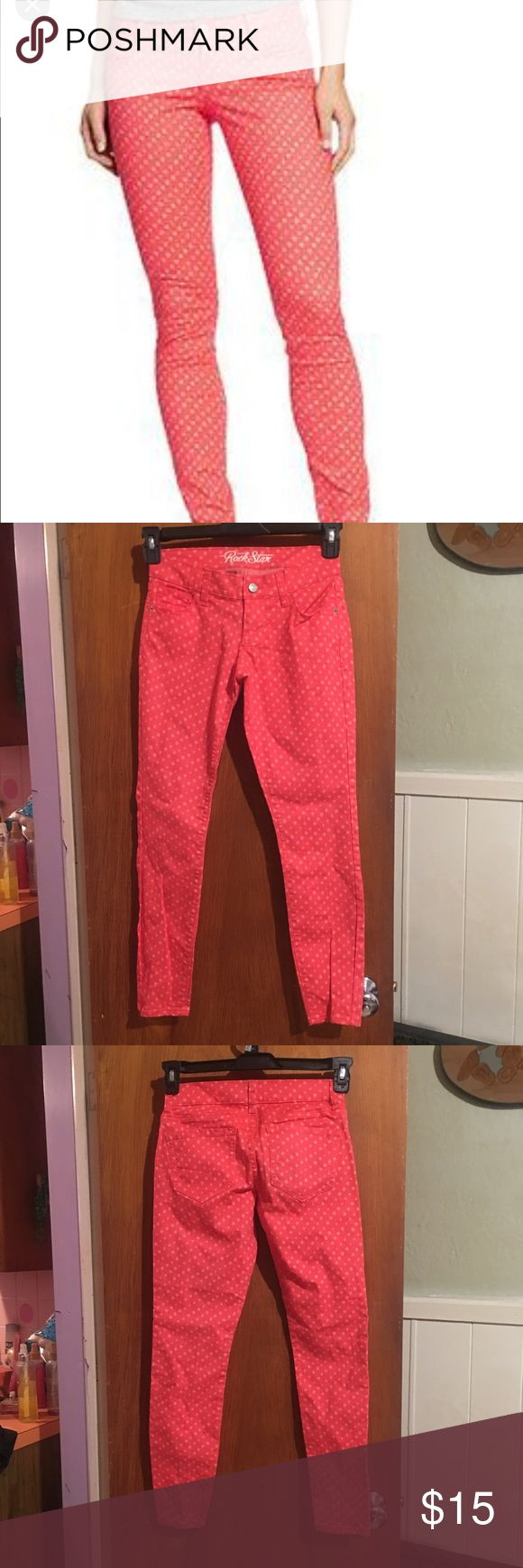 NWOT Polka dot skinny jeans sz 2 New no tags Old Navy stretchy orange skinny jeans with pink polka dot print sz 2 short. -ankle length Waist is 26 inches  Inseam 27  @LF @urban outfitters @dolls kill @unif @hot topic @minkpink @free people @lip service Old Navy Jeans Skinny