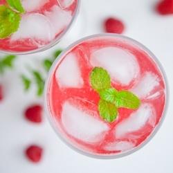 Raspberry Soda: Food Recipes, Bakeries Homemade, 6958 Simple, Simple Raspberries, Drinks Recipes, Simple Homemade, Homemade Raspberries, Homemade Sodas, Raspberries Sodas